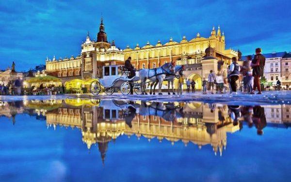 السياحة فى بولندا