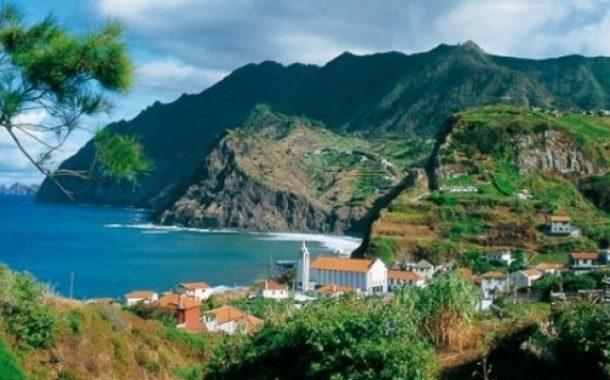 السياحة في جزر ماديرا جوهرة البرتغال الساحرة