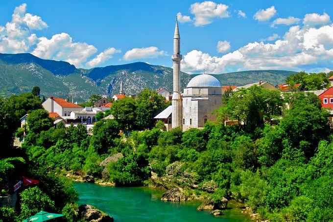سياحة البوسنة