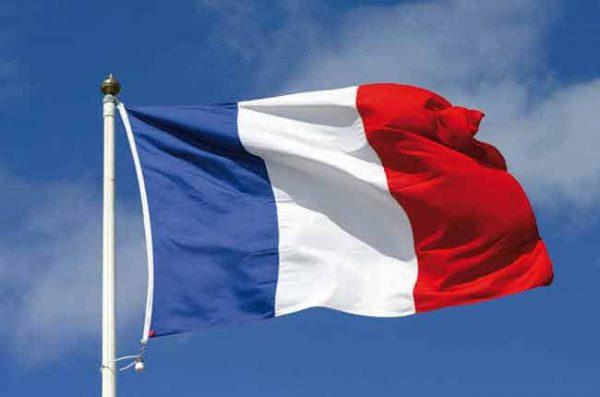 الاقامة فى فرنسا