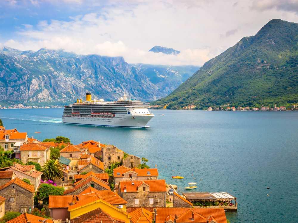 متطلبات تأشيرة الجبل الأسود