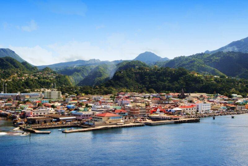 دومينيكا بلد الاستقرار