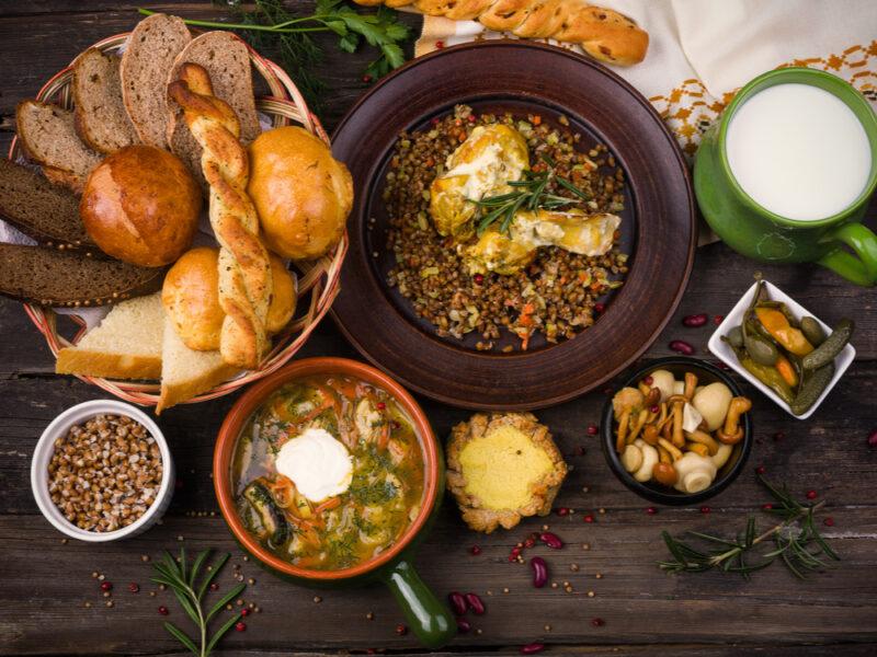 Photo of اكلات روسية … تعرف على أشهر الأطباق التى يجب تذوقها من المطبخ الروسى