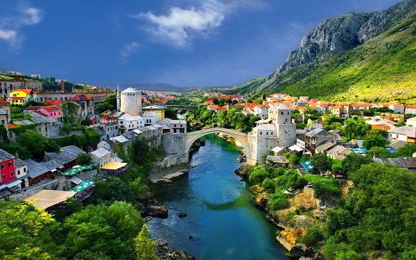 شروط العمل فى البوسنة