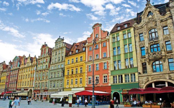 العمل فى بولندا ... تعرف على قانون العمل البولندى وكيفية الحصول على اللإقامة