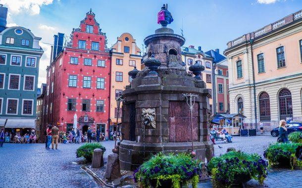العمل فى السويد وأهم الإجراءات المتبعة للحصول على عقد العمل