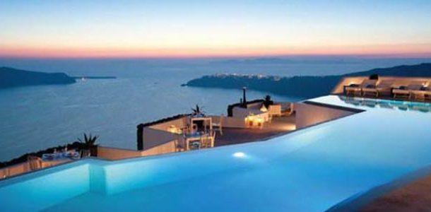 جزيرة سانتوريني  من أجمل الجزر السياحية فى العالم