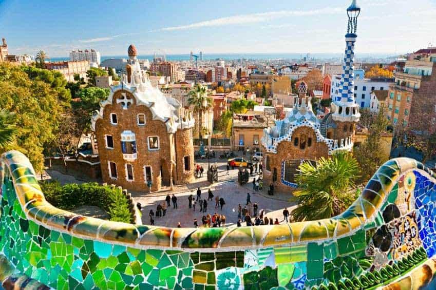 معالم برشلونة السياحية