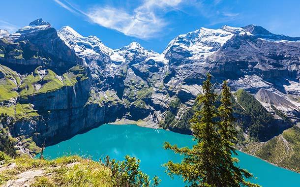 بحيرات سويسرا ... تعرف على أجمل البحيرات فى سويسرا