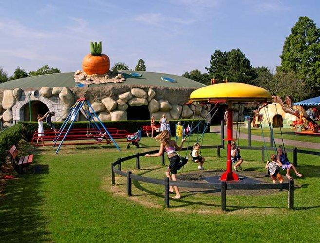 Photo of افضل دولة اوروبية للسياحة مع الاطفال.. تعرف على المكان المثالى لإسعاد الأطفال فى أوروبا
