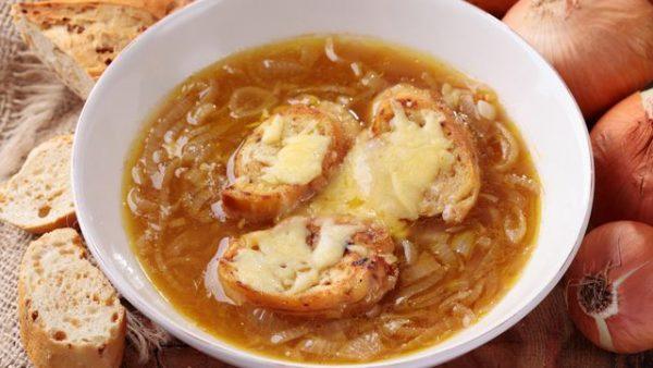 حساء البصل الفرنسى