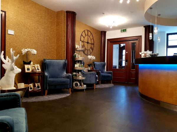 فندق بايريشير هوف