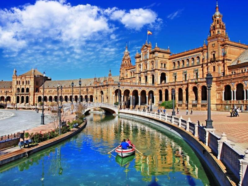 Photo of اشبيلية اسبانيا وأهم الأماكن السياحية بها
