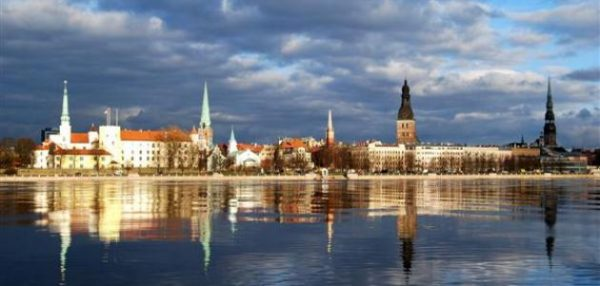 السفر الى لاتفيا