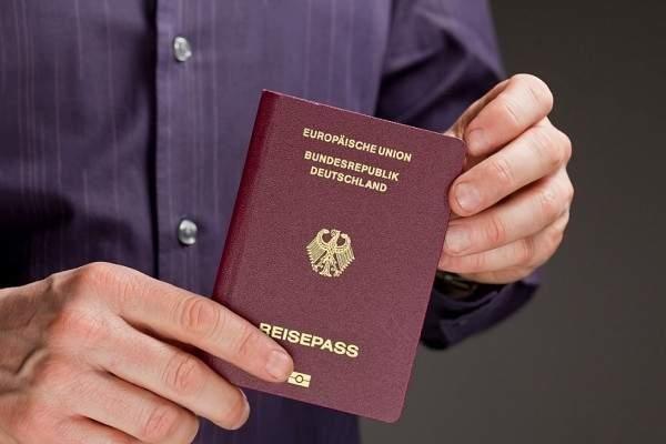 الهجرة إلى استونيا