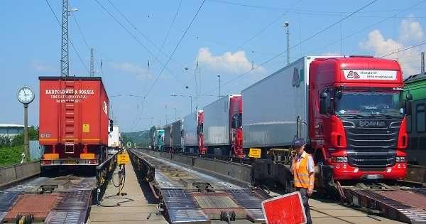 مزايا العمل فى مهنة قيادة الشاحنات