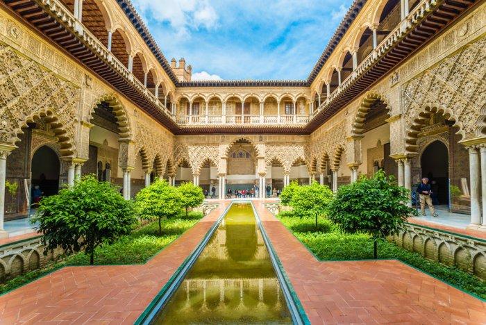 شهر عسل في أسبانيا وإكتشاف حدائق الأندلس القديمة