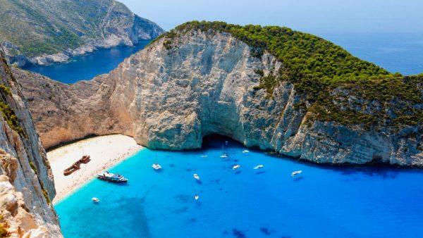 أجمل جزر اليونان لقضاء شهر العسل كم تبلغ تكلفة قضاء شهر في جزر اليونان