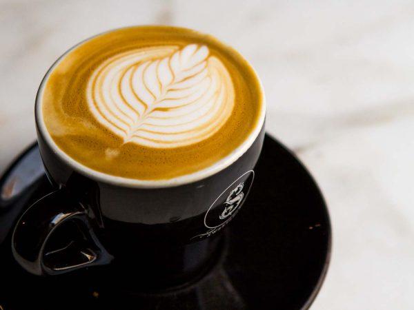 الإسبرسو أشهر أنواع القهوة الإيطالية المنعشة