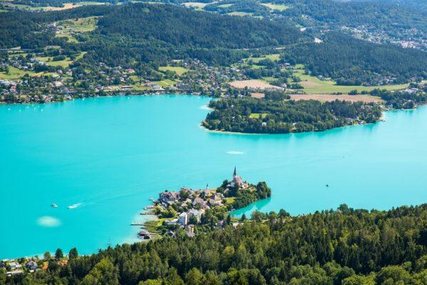 لدراسة والسياحة في النمسا