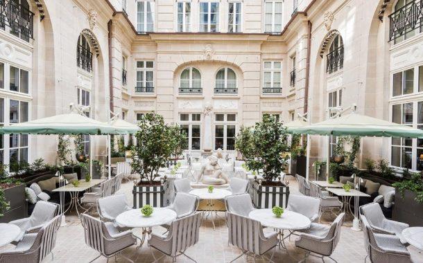 شهر العسل في باريس ... رحلة رومانسية لامثيل لها