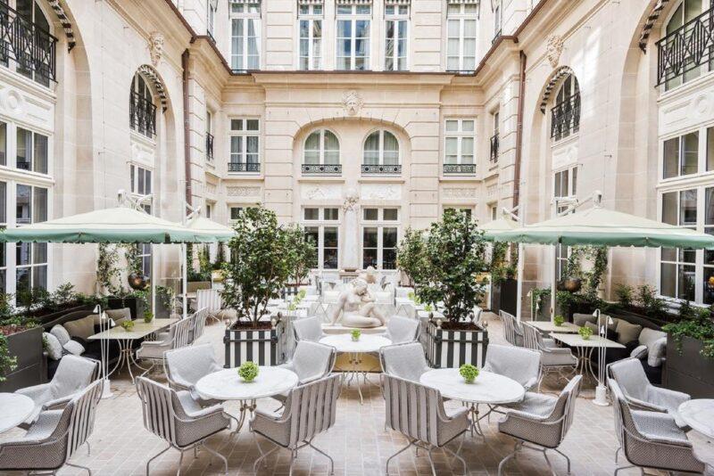 Photo of شهر العسل في باريس … رحلة رومانسية لامثيل لها