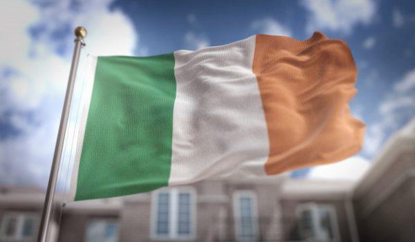 علم دولة أيرلندا