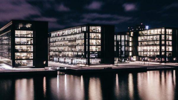 علم وسياحة في الدنمارك