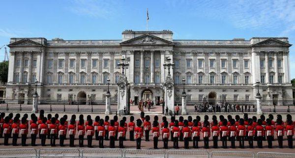 قصر باكنجهام لندن لحياة حالمة
