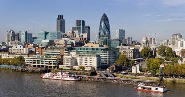 لندن شهر عسل رومانسي