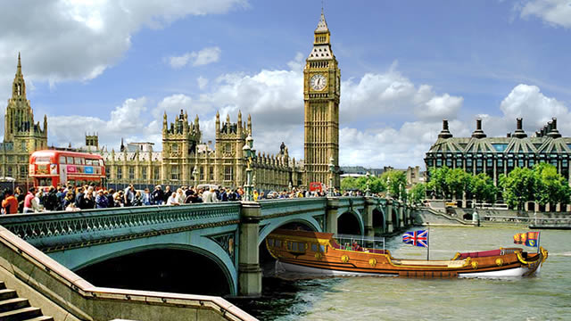 Photo of شهر العسل في لندن بين أسطورة قصر باكنجهام ورومانسية نهر التايمز