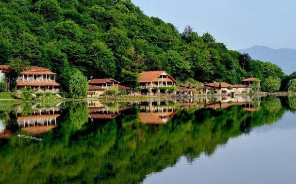 شهر العسل في جورجيا ... سحر الطبيعة الخلابة وعبق الماضي