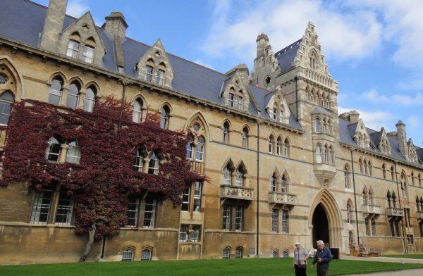 جولة في جامعة أوكسفورد