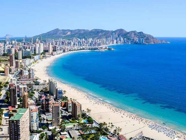 أجمل شواطئ العالم في أسبانيا