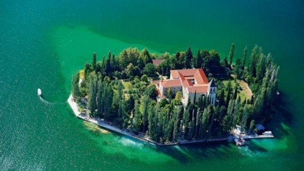 الجزر السياحية في كرواتيا