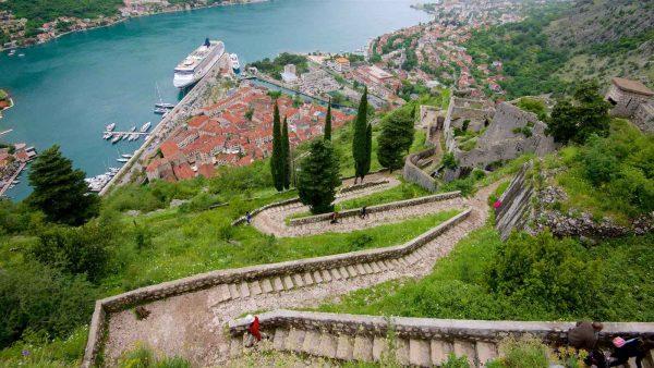 المدن السياحية في الجبل الأسود