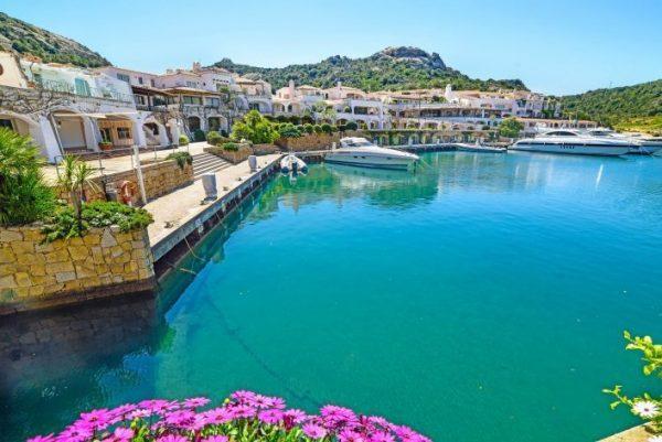 جمال شواطئ إيطاليا