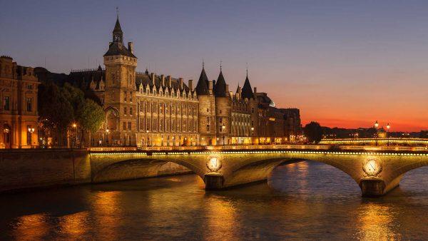 فيزا فرنسا ومتابعة الطلب