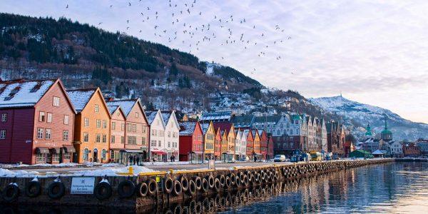 أين تقع النرويج