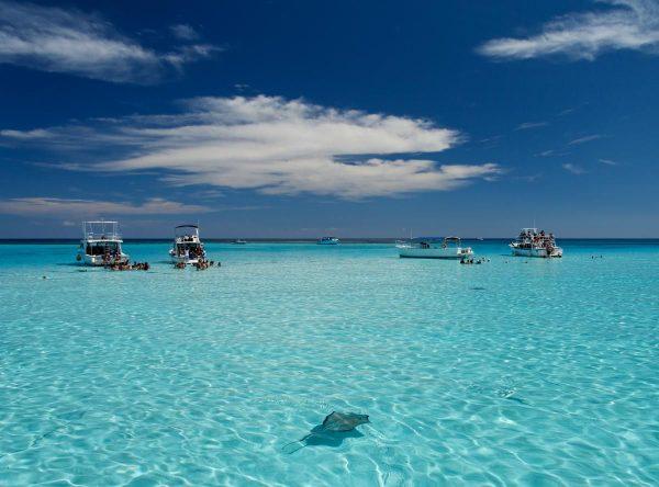 السياحة فى جزر الكايمان