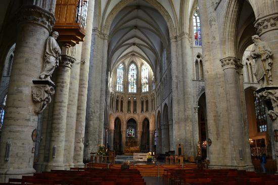 كاتدرائية سان ميشيل