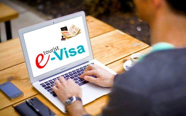 مميزات الحصول على تأشيرة اوكرانيا الإلكترونية
