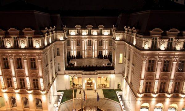 فندق جراند هوتيل كونتيننتال