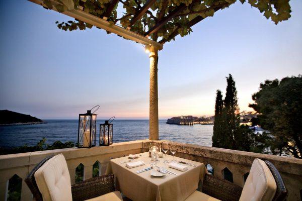 تعرف على خدمات فندق villa orsula
