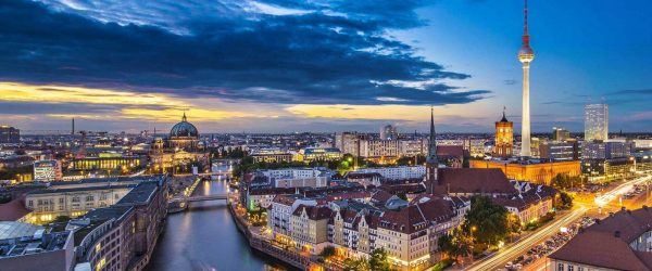 تكلفة السفر الى المانيا لشخصين
