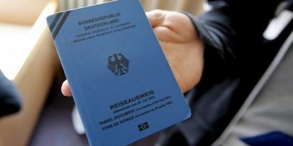 مميزات جواز السفر الازرق للاجئين
