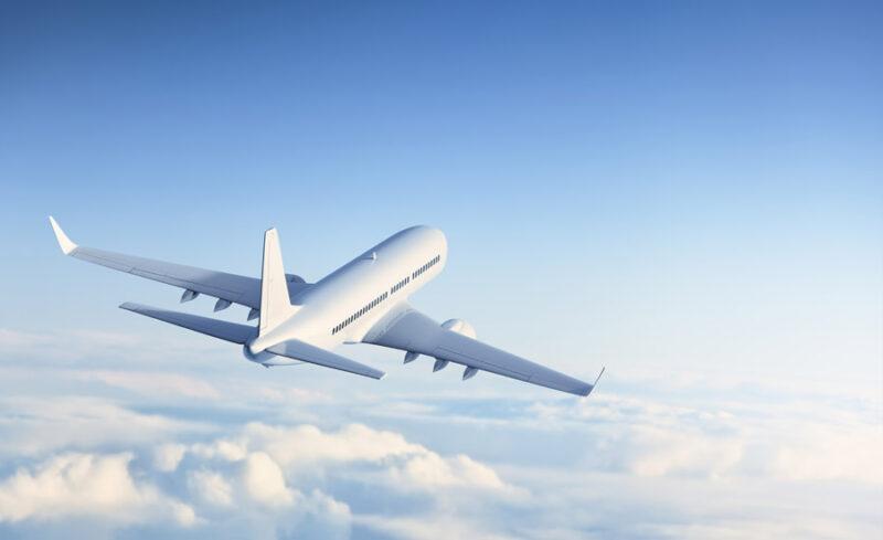 طيران من روما الي أثينا