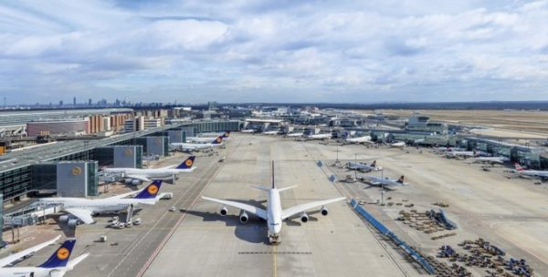 مطار فرانكفورت .... متعة السفر