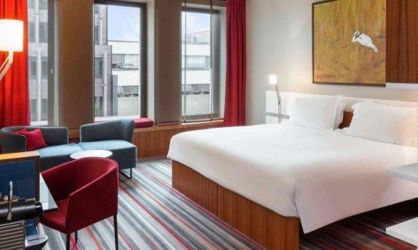 تمتع بإقامة مريحة بفندق سوفتيل برلين