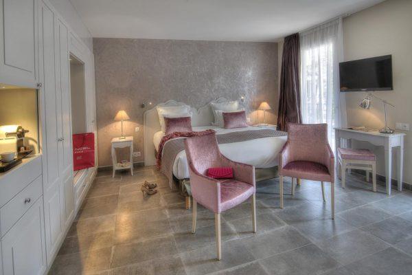 غرف فندق لا باستيد دي لي اوليفيراي